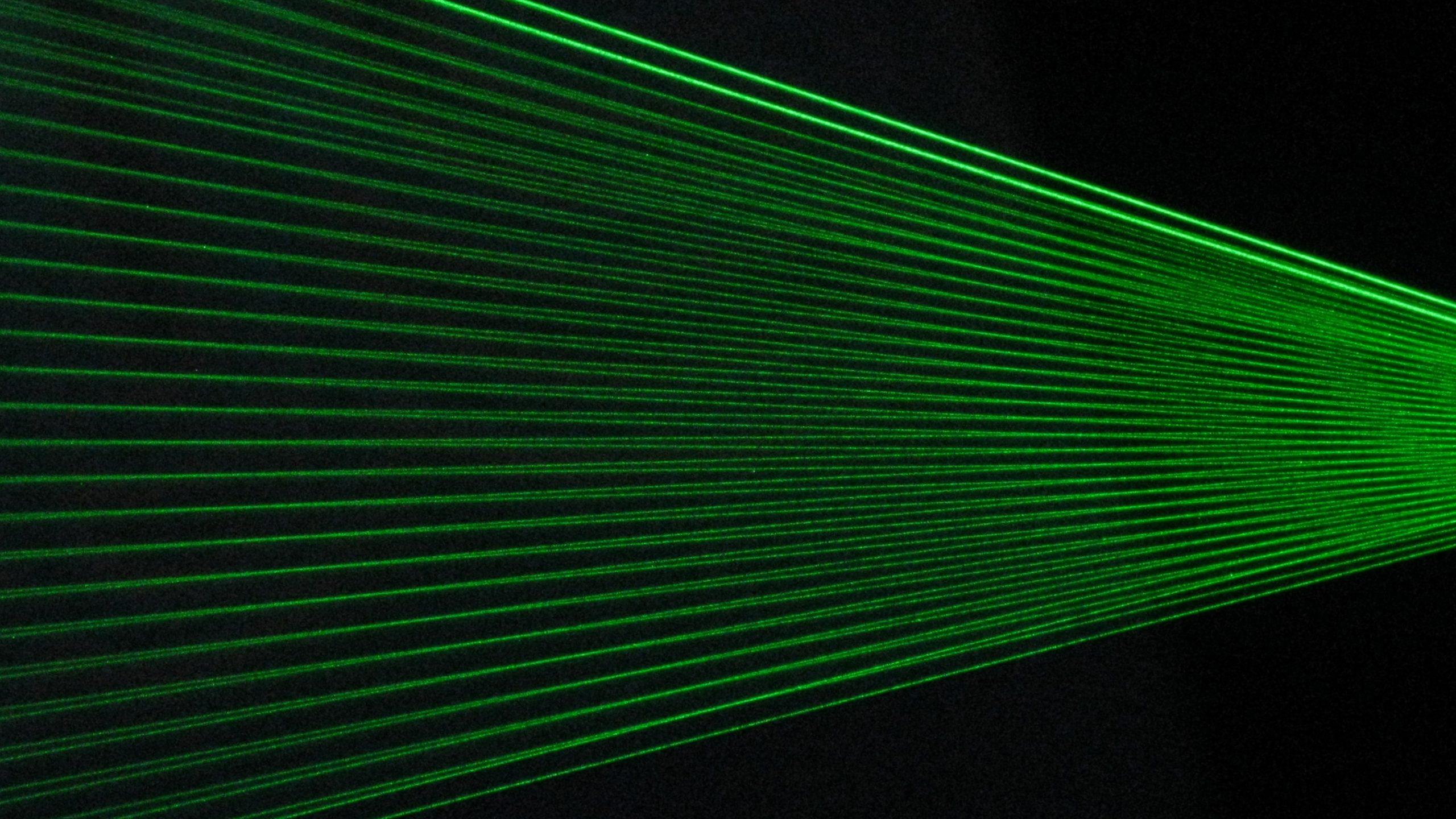 Green laser fence © 2009 CC BY 2.0 David Jones via Flickr